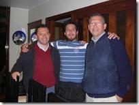 Con mi tío y mi papá.