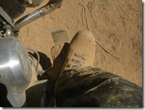 Así quedaban mis botas después de cruzar esos pedacitos de tierra suave.