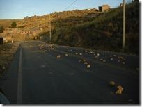 Algunas piedras en el camino saliendo de Puno.