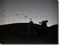Cae la noche sobre el desierto