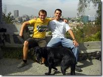 Con Ben y Lucky, el perro callejero