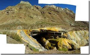 El Puente del Inca. La foto está cortada porque es una composición de varias. La original es una imagen enorme.